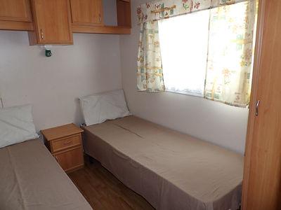 Alucasa 10440 PA17 2nd twin bedroom