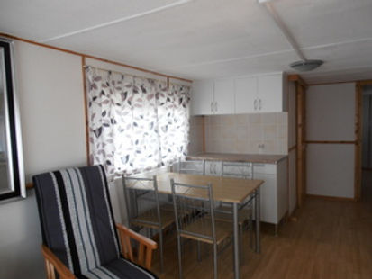 log cabin 2.jpg