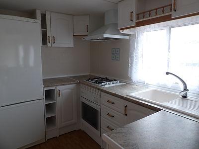 Alucasa 8740 pet area 33 kitchen