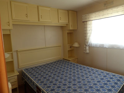 Alucasa 8740 R2P1 double bedroom