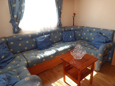 Alucasa 6740 R9P3 living room