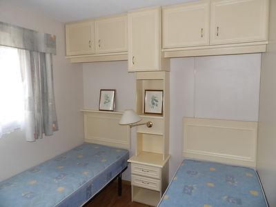 Alucasa 8740 pet area 33 twin bedroom