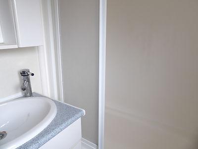 Alucasa 10440 PA17 bathroom
