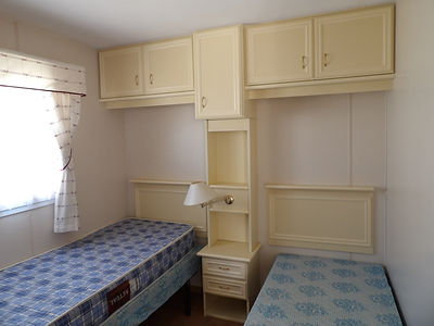 Alucasa 8740 R2P1 twin bedroom