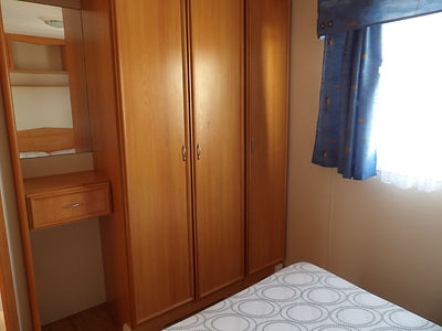 Alucasa 6740 R9P3 double bedroom wardrob