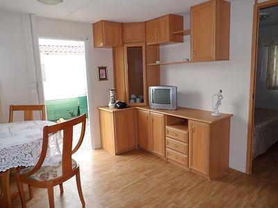 Alucasa 10440 PA17 dining area