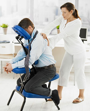 עיסוי על כיסא שיאצו