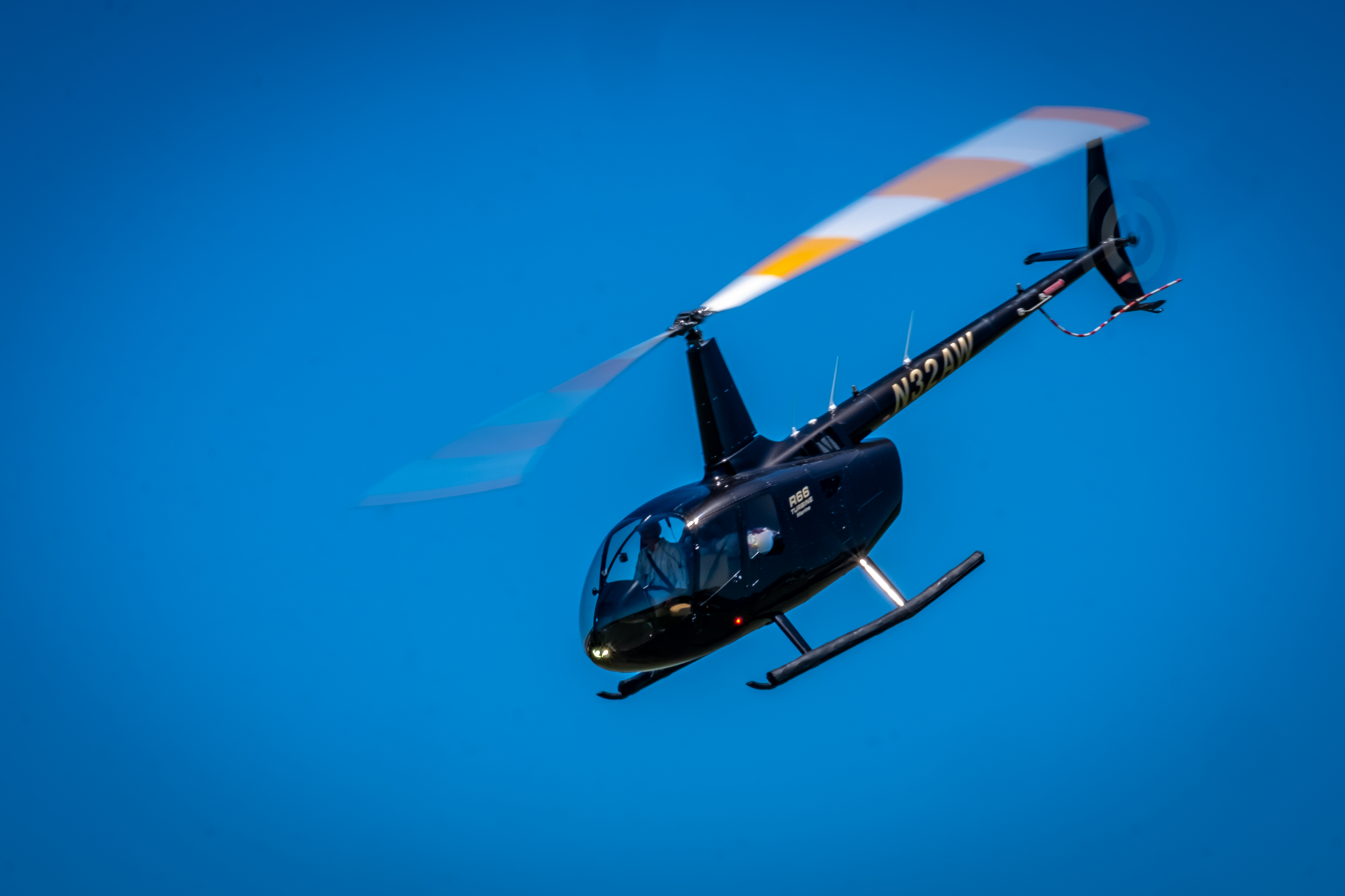019-Polo-Helicopter-Easter-Egg-Drop-Pilo