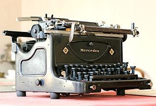 mercedes-1613219_960_720.jpg