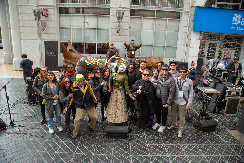 This international contemporary art project visited Latin America for first time activating artists, students and -mainly- people in the street, as part of SACO8 events.