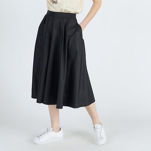 מכנסיים באורך מידי מתרחבים בצבע שחור