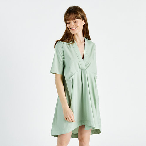 שמלת מיני שרוולים קצרים מפתח וי צבע ירוק מנטה