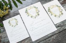 elegant botanical wedding stationery