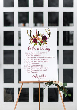 Rustic wedding order of the day sign