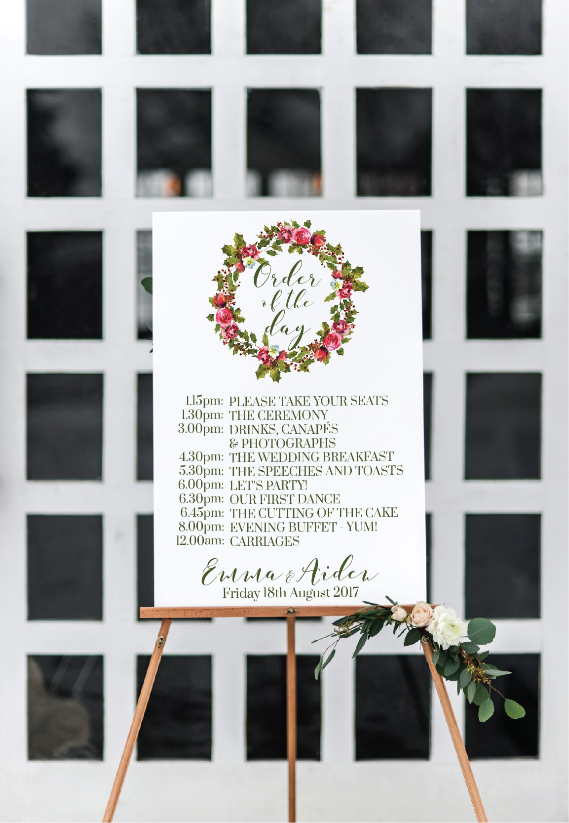 Winter wedding wreath wedding sign