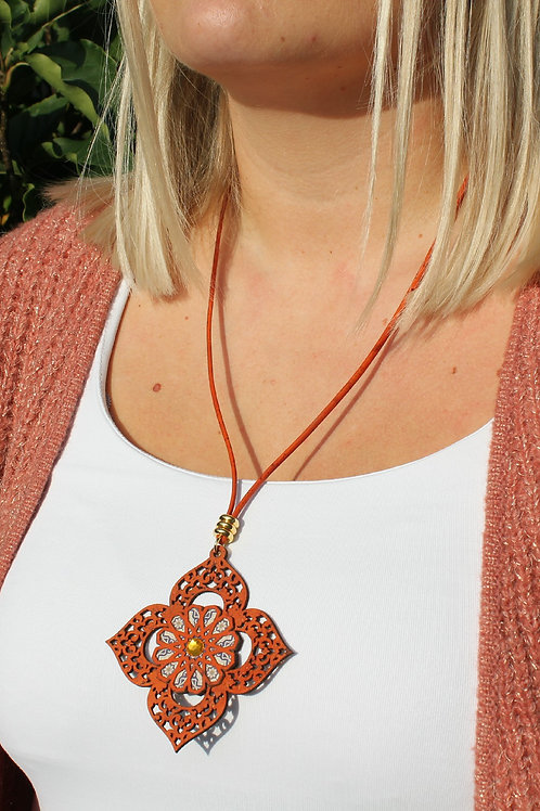 Necklace inspired by Moroccan geometry