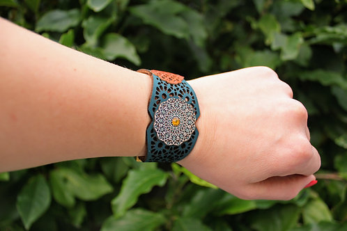 Bracelet inspired by Moroccan geometry - Blue and Red - Flowers