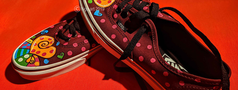 """heart pop art"" sneakers"