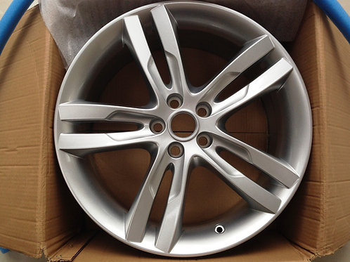 19in Star XE Front 7.5J Silver