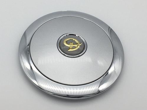 Daimler Hub Cap - Gold Daimler Logo