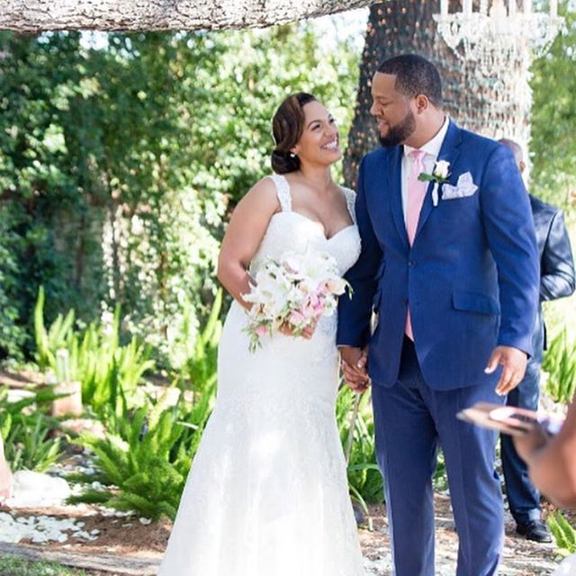 Happy Anniversary to @nileevans and @jul