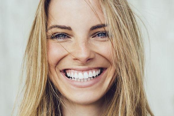 smile-makeover-warren-dentist-min.jpg