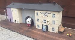 Wheatsheaf Inn, street lamps