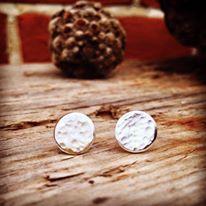 hammered disc earrings.jpg