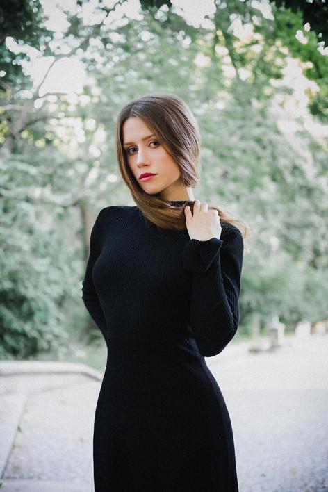 Paulina Charmast