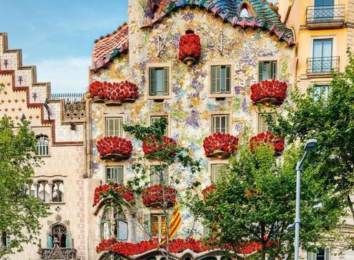 La representació de la llegenda de Sant Jordi a la Casa Batlló