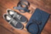 マンの服や靴