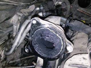 ¿Cuáles son los síntomas de exceso de carbonilla en el motor?  La verdad es que no son tan sencillos
