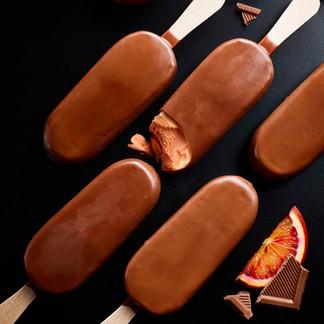 CHOCOLATE-BLOOD-ORANGE-ICECREAM-Kim-Morp