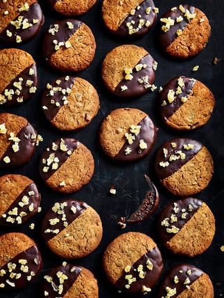 Ginger-Nuts-Kim-Morphew-Food-Stylist-Mar
