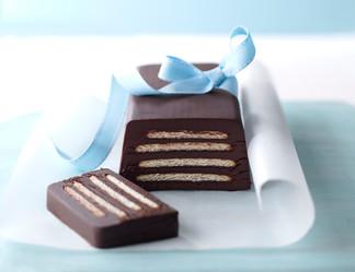 Chocolate-Fridge-Cake-Kim-Morphew-Food-S