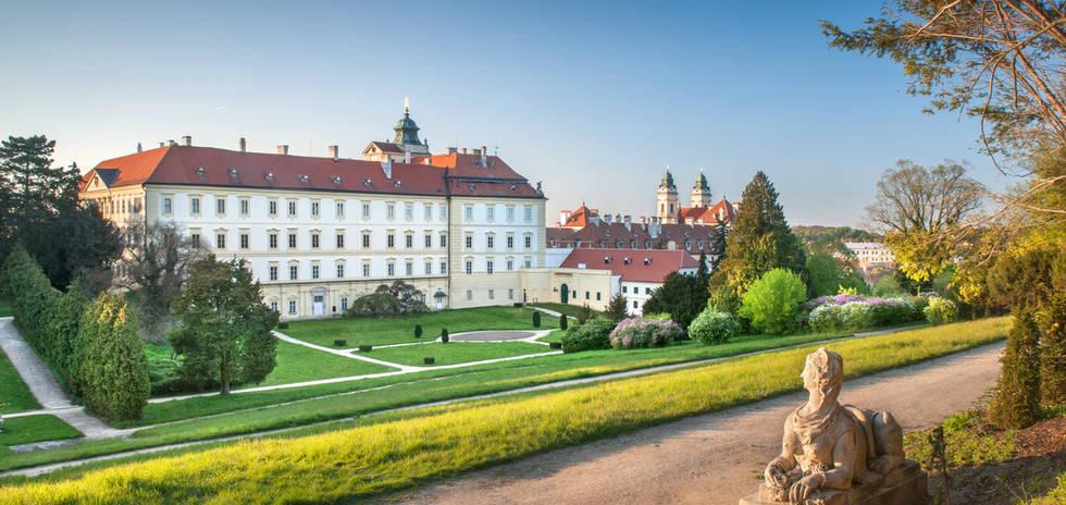valtice chateau.jpg