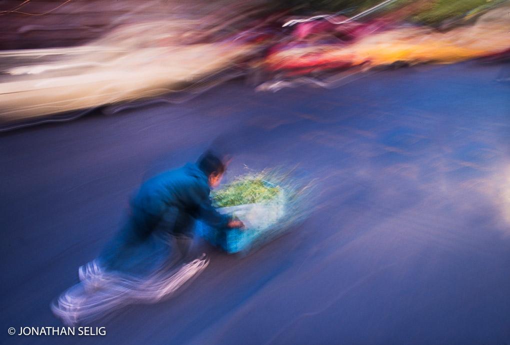 Skateboard Delivery