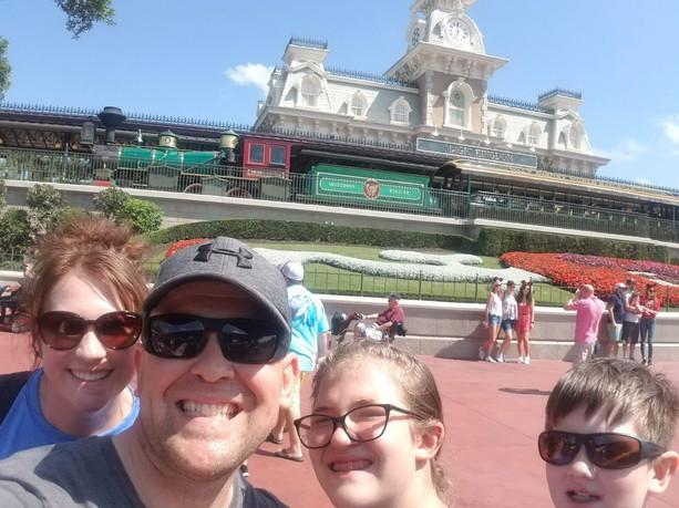 Disneyworld APR19.jpg
