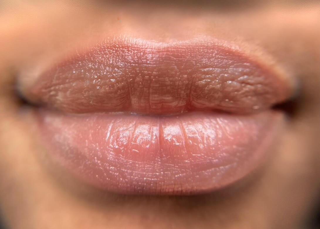 Dark Lip Corection