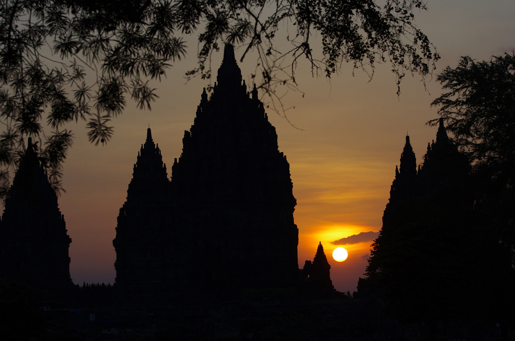 sunset-borobodur