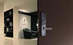 door_room_b