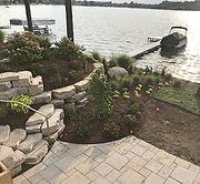 retaining wall - mulch - shrubs