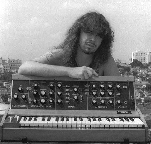 Fabio Ribeiro e Minimoog D, década de 1990