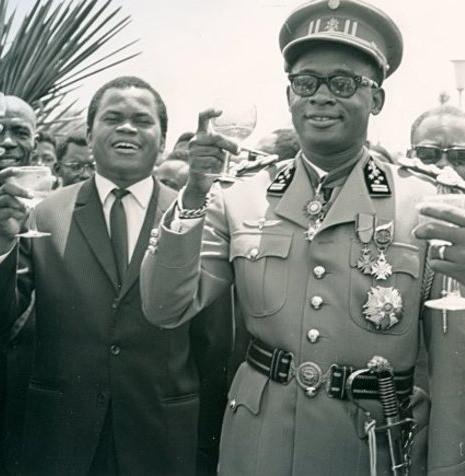 Image: Étienne Tshisekedi à gauche et Mobutu Sese Seko à droite