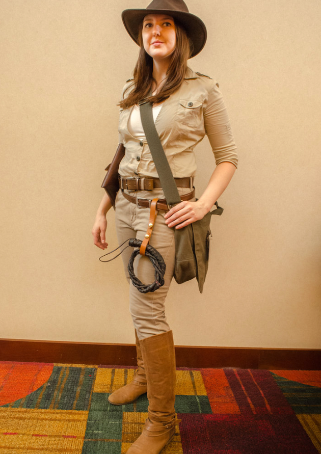 Indiana-Jones-Girl-Costume.png