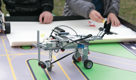 Why Participate in a STEM Competition? And Which One Should You Consider?