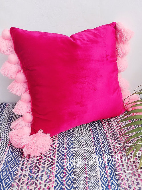 Crimson Luxe Throwpillow with fine tassels