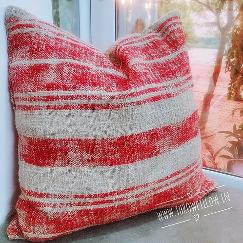 Farm House Style Red Sand Throwpillow