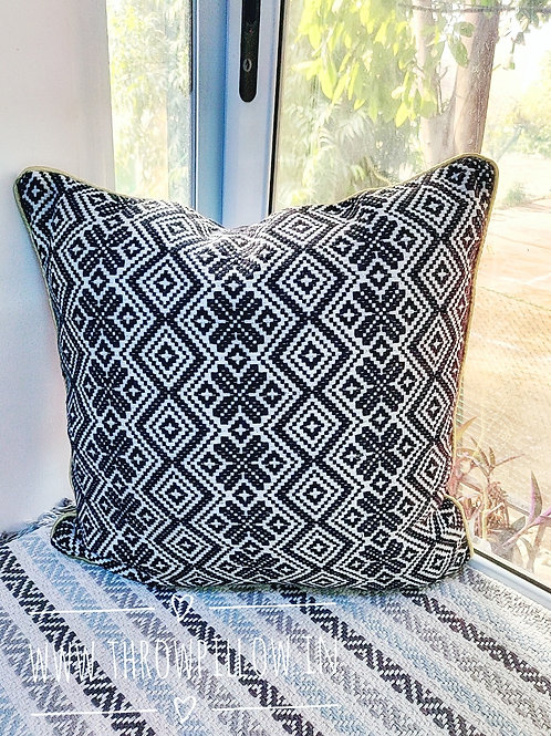 Black & White Solomon Cushion Cover