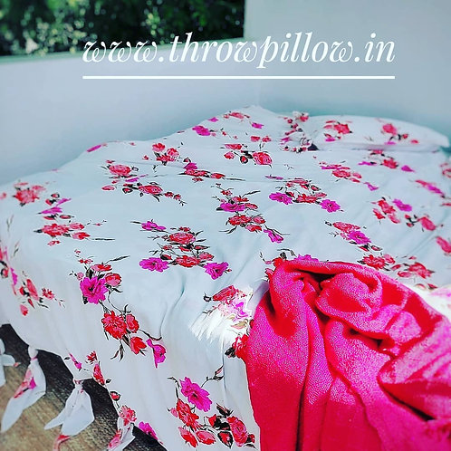 Knot Floral Duvet Cover